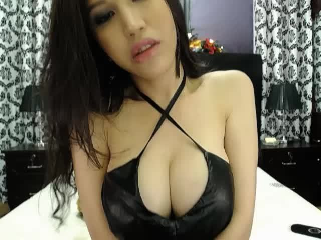 Naughty Asian webcam girl